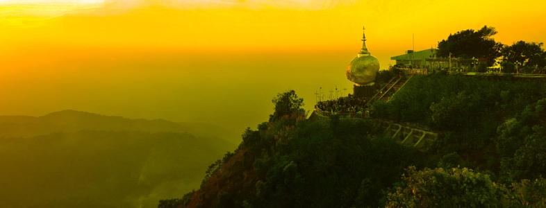Golden Rock-Zonsondergang
