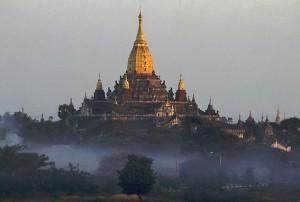 Myanmar-Bagan-Ananda-