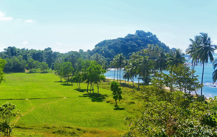 Ngapali Beach golf club